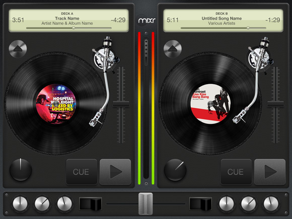 ipad-mixr-turntables